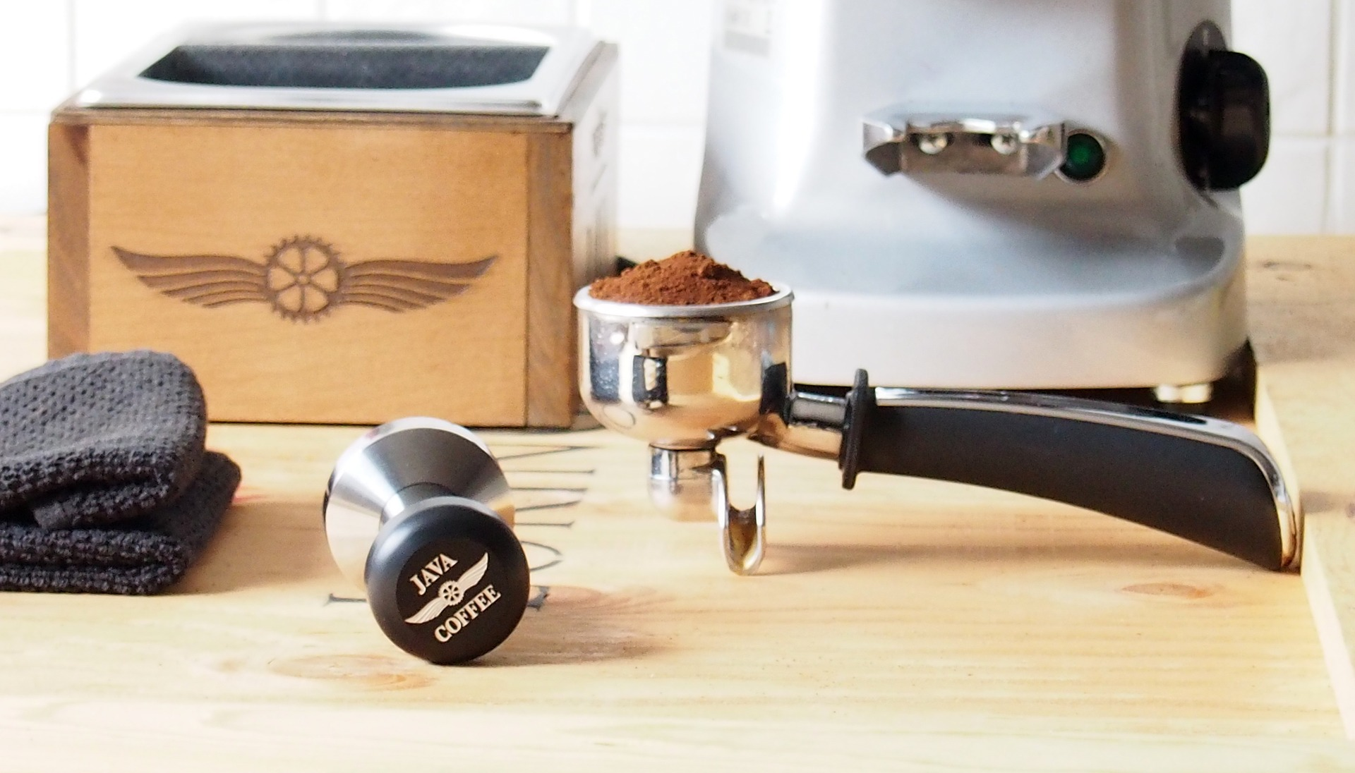 How Can You Grind Coffee Beans In A Food Processor?